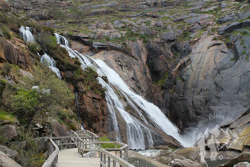 Pasarela Cascada del río Xallas (Ézaro)
