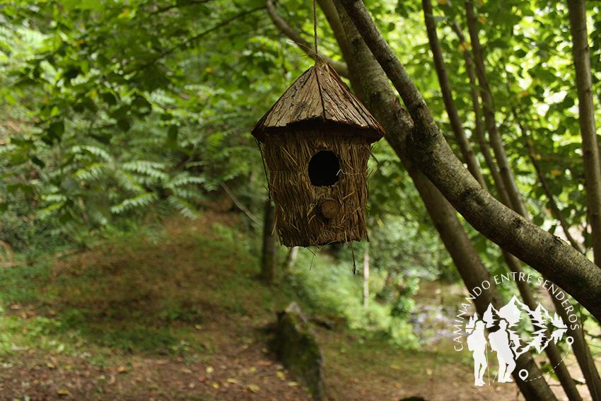 Casa de pájaros artesanal